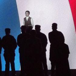 2015-Fusillez-le! comédiens chapelais - Titouan Bruneau - bleu blanc rouge - drapeau