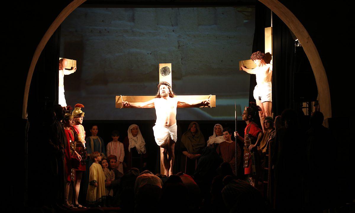 2016- Comédiens Chapelais -CeRebelleNomméJésus - crucifixion - Thierry Boursereau - Bertin Bruneau - Freddy Chaigne
